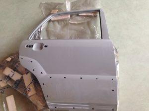 La portiera posteriore destra per KIA Sportage - Codice OEM KIA: 770041F030 -Ricambio