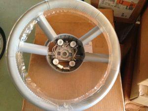 Volante pelle beige Chrysler PT Cruiser - OEM: K1EW90BDAAB 1EW90BDAAB05183669AA0ZF90BDAAB