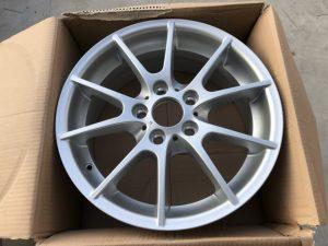 Cerchio anteriore in lega per Serie 1 E81 R17 - Codice OEM 36116775624