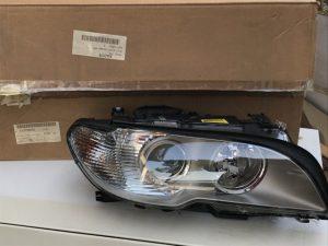Il faro anteriore destro Bi Xenon BMW Serie 3 - OEM 63127165958 63126935736 - Faro e codice