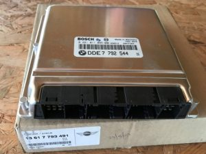OEM 13617793491 - Centralina iniezione motore per MINI COOPER D