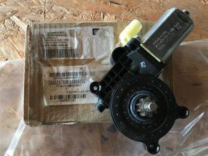 OEM Q0002678V004000000 - Motorino Alzavetro Sinistro per SMART ForTwo Coupé