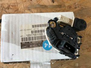 Regolatore alternatore per Serie 5 E39 520i - OEM 12317551153 12317501749 12317792094