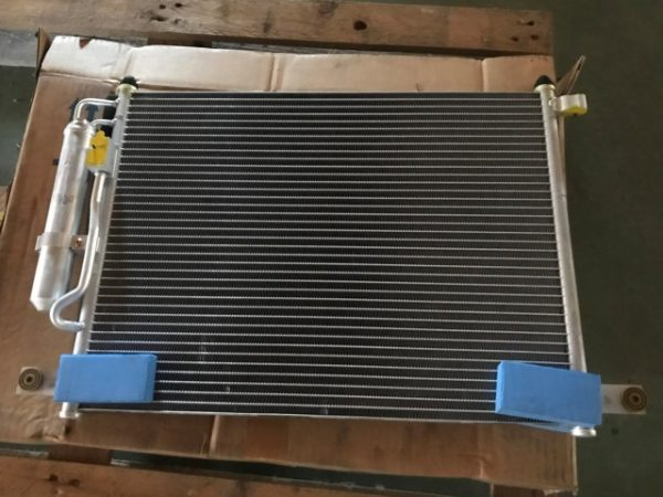 Condensatore clima per Chevrolet Kalos - Codice OEM Chevrolet: 96469288 96834082