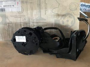 Retrovisore sinistro senza sede Classe A W168 - Codice OEM: A1688100176 -