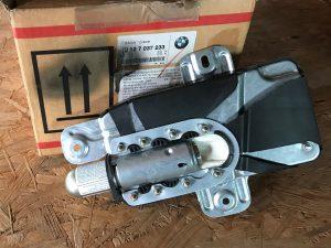 Airbag porta anteriore sinistra per Serie 3 E46 - Codice OEM: 72127037233 -