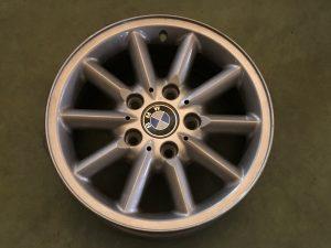 Cerchio in lega R15 stile 41 per Serie 3 E36 - OEM: 36111094480 - 99990461423