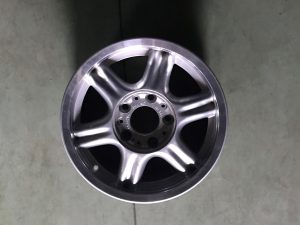 Cerchio in lega R15 stile 10 per Serie 3 E46 - OEM: 36111181483