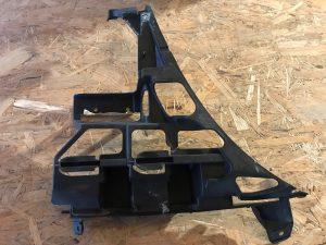Guida paraurti posteriore sinistra Serie 3 E46 - Codice OEM: 51717052474 -